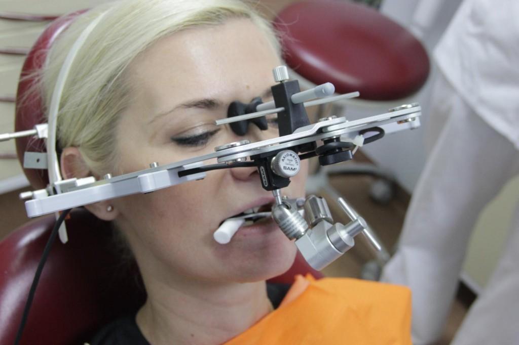 Дисфункция височно-нижнечелюстного сустава, ВНЧС лечение в стоматологии в Москве