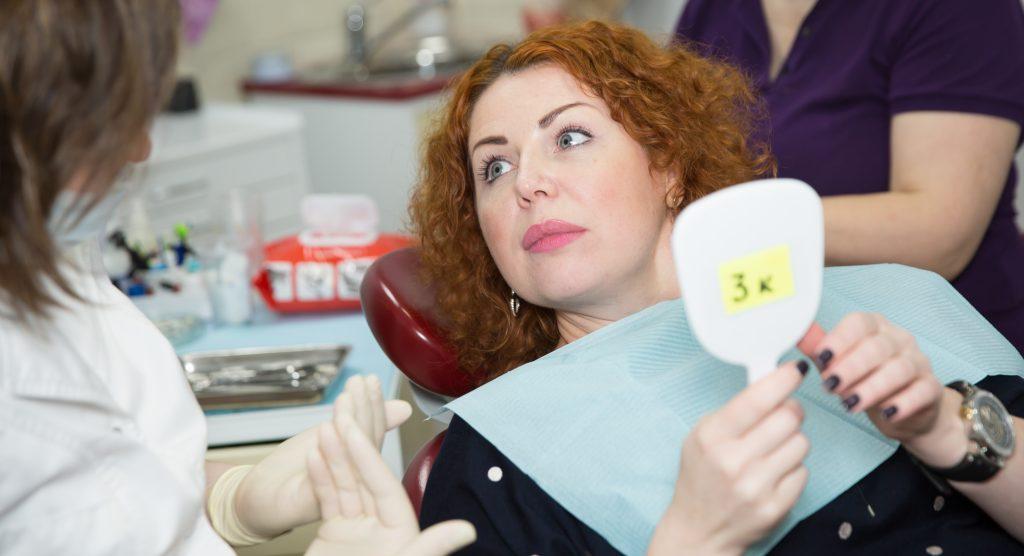 Сколько стоят виниры на зубы в москве